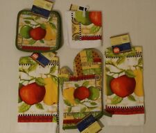 Kitchen Apple-Pear Theme Oven Mitts,Towels, Pot Holders,DishCloths Set Of 2 NWT