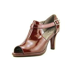 Life Stride Vicious Women W Open Toe Patent Leather Burgundy Sandals NWOB