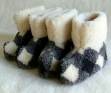 100% sheepskin slippers, cozy, hand made, women, men, unisex, all sizes, nice