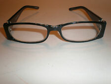 WOMANS READING GLASSES,Womens readers, Ladies reading glasses. Foster Grant. XB1