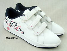 NEW CLARKS BOOTLEG EDGY LOVE GIRLS / WOMENS WHITE LEATHER SHOES TRAINERS 4 / 37