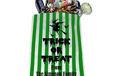 "PERSONALISED Trick or Treat Halloween Sweet Bags - Green Striped 5"" x 7"""