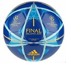 Adidas UEFA Champions League Finale Milano Capitano Football 2015-16 (Blue)