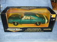 ERTL AMERICAN MUSCLE 1:18 SCALE 1969 DODGE CHARGER R/T 440 MAGNUM BLUE/WHT RARE