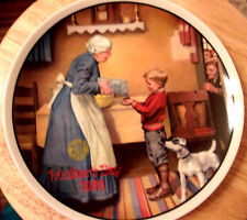 """Norman Rockwell ,  limited edition  """"  The Pantry Raid"""" collector plate 1986"""