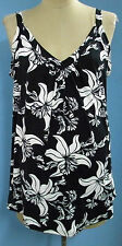 COOL flowing black/white singlet with gathers size 18 20  new