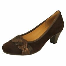 Ladies Gabor Court Shoe - 55.487