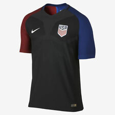 $165 NIKE US MEN SOCCER NATIONAL TEAM JERSEY MEN SIZE M NEW WITH TAGS!!!
