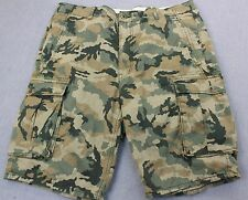 LEVIS Mens GREEN & BROWN MILITARY CAMOUFLAGE CAMO CARGO SHORTS NWT Size 30