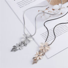 Retro Beige Flower Leaf Pendant Necklace Charms Chain Women Girls Jewelry