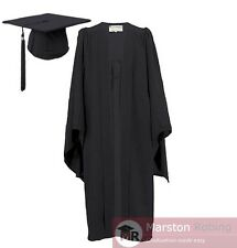 University Academic Graduation Gown with FREE Hat--Bachelor Level BNWT