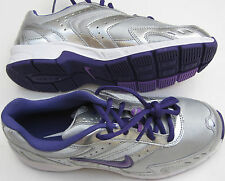 New Nike Run II (GS/PS) Girl Athletic Sneekers Size 11c or 6Y