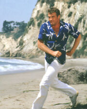 SIX MILLION DOLLAR MAN LEE MAJORS RUNNING BEACH PHOTO OR POSTER