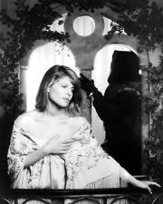 RON PERLMAN IN PROFILE LINDA HAMILTON BEAUTY AND THE BEAST TV PHOTO OR POSTER