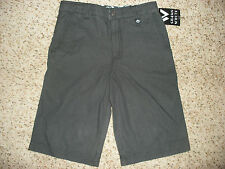 Boys Youth Shaun White Skateboarding Shorts New With Tags Ships FREE to USA!