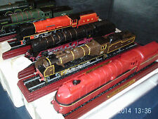 MODEL LOCOMOTIVES ON WOOD PLINTHS  00 GUAGE  click on the site & order from menu