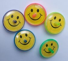 6 SMILEY FACE SPINNING TOYS KIDS CHILDREN PARTY BAG FILLER SURPRISES FUN TOY NEW