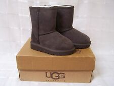 New! Girls Ugg  Australia 5251 Classic Short Boots Chocalate NIB pb   W86