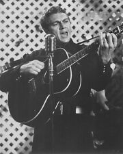STEVE MCQUEEN PLAYING GUITAR PHOTO OR POSTER