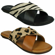 LADIES F0935 X STRAP ANIMAL PRINT CASUAL FLAT SUMMER SANDALS LEATHER COLLECTION