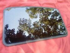 2005 GMC ENVOY YEAR SPECIFIC SUNROOF GLASS  NO ACCIDENT OEM FREE SHIPPING!