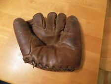 Vintage  NOKONA G33 PROFESSIONAL MODEL Joff Cross BASEBALL MITT..
