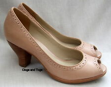 NEW CLARKS HANDCRAFTED AGRA TOPAZ WOMENS DRIFTWOOD LEATHER SHOES SIZE 6 /  39.5