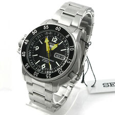 Seiko Sport 5 SPORTS  Mens Analog Silver Watch SKZ211K1