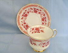 Elizabethan Fine Bone English China Deep Pink Flower Pedestal Cup & Saucer 3489