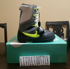 Nike SB Zoom DK Danny Kass Snowboard Boots  Grey Neon White 407642-003