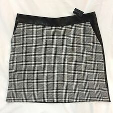 The Limited Skirt Black White Houndstooth Faux Leather Lined Straight Back Zip