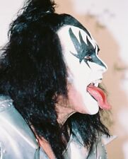 Kiss Color Poster or Photo