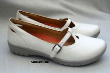 NEW CLARKS UNSTRUCTURED UN LOTTIE WOMENS OFF WHITE LEATHER SHOES
