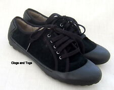 NEW CLARKS FLIPPY BEAUTY WOMENS BLACK SUEDE SHOES