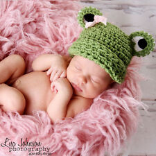 Melondipity Green Girl Frog Beanie Baby Hat crochet / knit Pink Bow & Black Eyes
