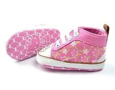 New HELLO KITTY Soft Sole Baby Girls Pink High Top Crib Shoes. Age 6-18 Months