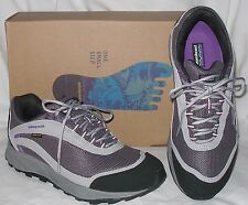 NEW womens PATAGONIA Arrant GORE TEX athletic trail shoes 8 8.5 Blackberry NIB