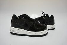 (314194-021) TODDLER NIKE AIR FORCE 1 BLACK/WHITE/SILVER