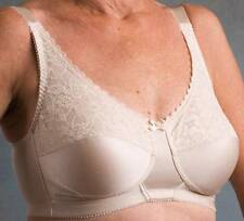 *NEW W/O TAGS* Nearly Me Lace Soft Cup Mastectomy Bra Style 620 38B Beige White