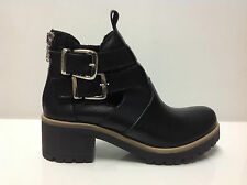 Stivaletto biker boots cut out con fibbie colore nero vera pelle made in italy