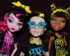 RARE Monster High Freaky Fusion Save Frankie - Clawdeen Wolf /& Draculaura Doll