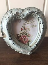 "VINTAGE CHIC ANTIQUE HEART PHOTO FRAME FREE STANDING HOLDS 2.5"" X 2.5"" GREEN"