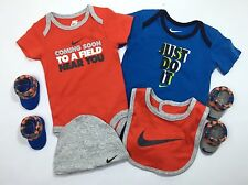 AIR NIKE 6-piece OUTFIT GIFT SET Baby Boys Bodysuit Bib,Booties & Hat 0-6 Months