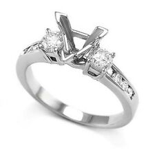 14K WHITE GOLD TRILLION DIAMOND ENGAGEMENT RING SETTING Item #: R855