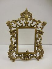 VINTAGE BRASS PICTURE FRAME ON STAND                      dd1