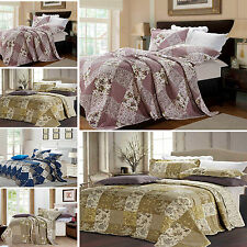 Floral Vintage Patchwork Quilted 3 Piece Bedspread / Throw With 2 Pillow Cases