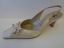 Ladies Cream/Gold Leather Sling Back Peter Kaiser Shoes Bocca