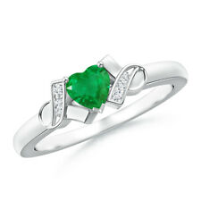 Solitaire Heart Shape Emerald Diamond Accents Ring 14k White Gold/ Platinum