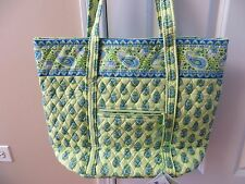 Vera Bradley VERA Bag Tote Shopper- NWT!! RETIRED!