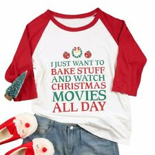 I JUST WANT TO BAKE STUFF AND WATCH CHRISTMAS MOVIES ALL DAY Tee T-Shirt Top